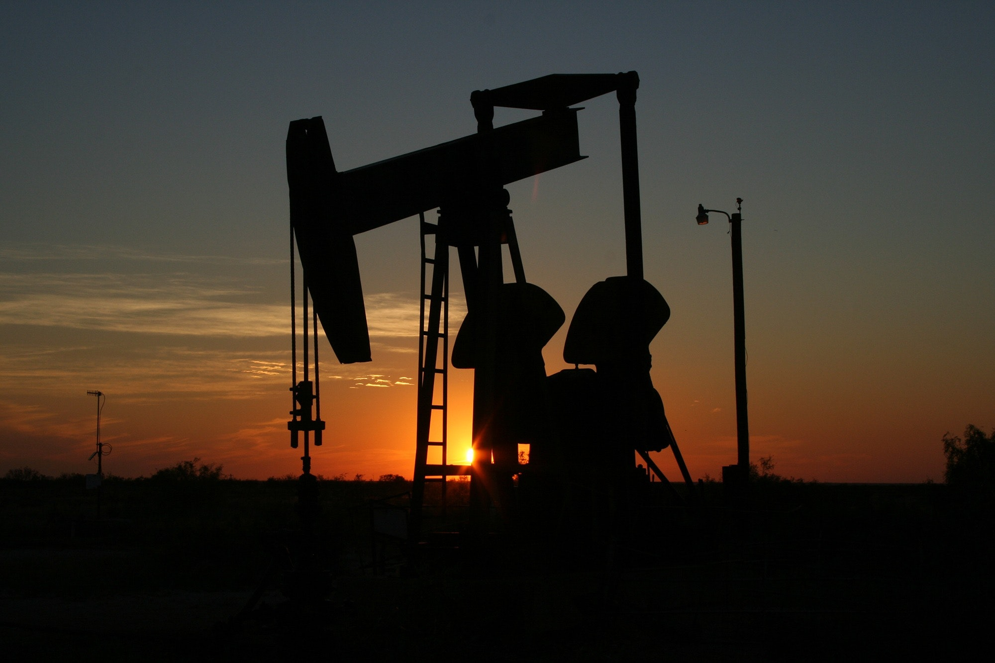 Supply Chain News: Analysis Predicts Oil and Diesel Prices to Soar, Leading to Recession