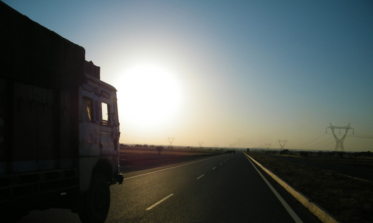 truck_road_sun_sunset_lorry-99182